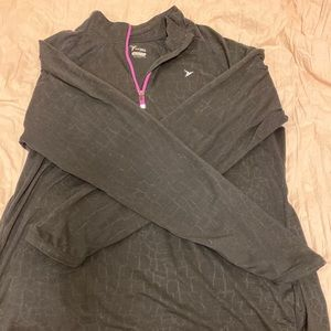 Old Navy Active Long Sleeve Athletic Shirt
